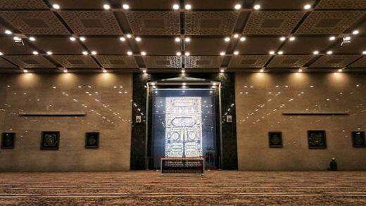 Masjid di Lamongan Ini Bernuansa Masjidil Haram, Ini Penampakan di Dalamnya