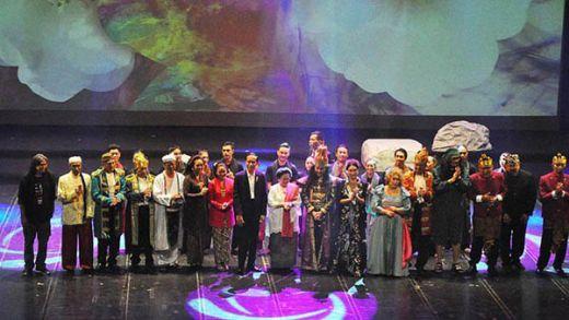 Jokowi Terpingkal-pingkal Saksikan Teater di Ulang Tahun Megawati, Ternyata Ini Sebabnya