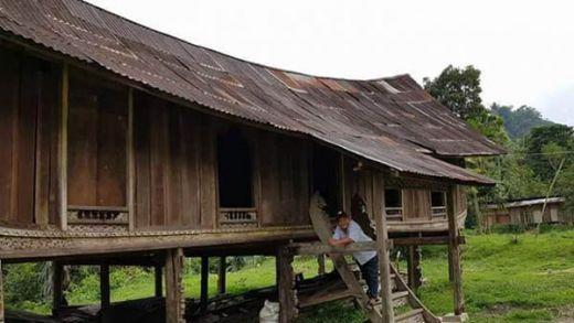 Wah... Rumah Lontiak di Kuok Kampar Dijual Murah ke Bukittinggi, Kini Jadi Pajangan di Ngarai Sianok