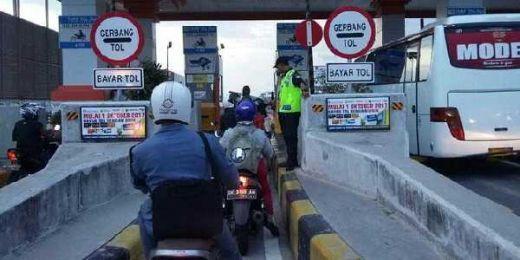 Masinton Dukung Sepeda Motor Masuk Tol, Ini Alasannya...