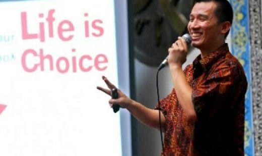 Kapolres Tolak Jelaskan Alasan Pembubaran Pengajian Ustaz Felix Siauw