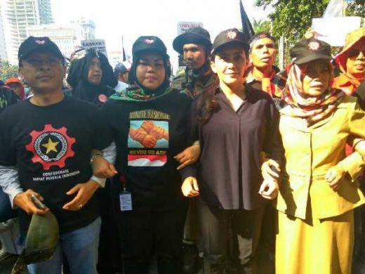 Pimpin Massa di May Day, Rieke Pitaloka Deklarasikan KRPI