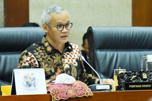 DPR Dorong PMN Untuk Garuda Indonesia