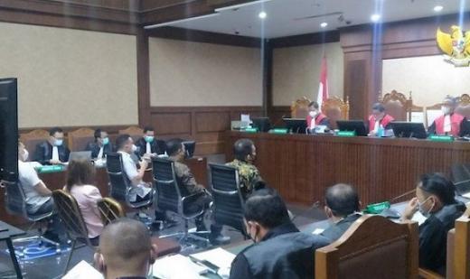 Hadirkan Adi Wahyono, Jaksa Selisik Keterlibatan Herman Herry Dalam Kasus Korupsi Bansos
