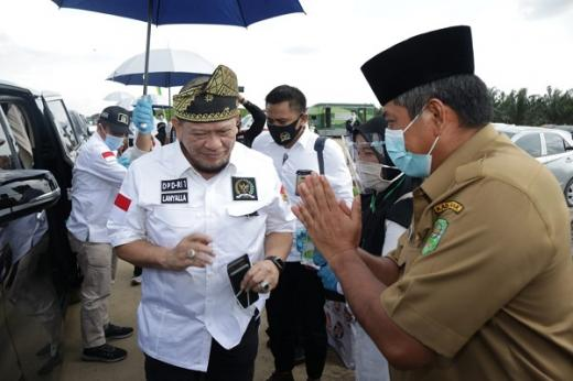 Selain Komet dan Keris, Ketua DPD Kagum dengan Cermin Awet Muda di Istana Siak