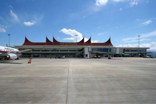 Hati-hati, Jika Tak Mau Didenda Rp1 Miliar, Jangan Bermain Layang-Layang di Sekitar Bandara Internasional Minangkabau