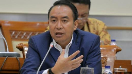 DPR Dukung Polri Ungkap Pelaku Teror dan Ancaman Diskusi di UGM