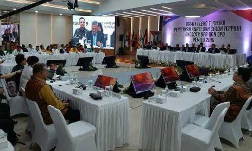 KPU Tetapkan 13 Anggota DPR RI dari Riau, Berikut Daftarnya