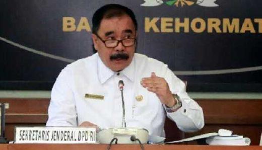 Pakar Kebijakan Publik Pertanyakan Sanksi untuk Sekjen DPD RI, Reydonnyzar Moenek