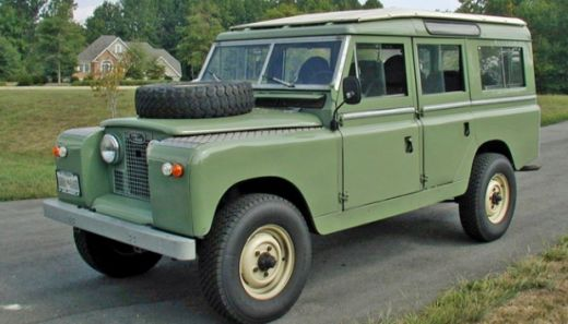 Land Rover Classic Lahirkan Seri Terbatas Range Rover Reborn