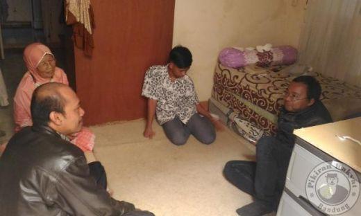 Miris, Bapaknya Kena Penyakit Hernia, Ibunya Stroke, Pemuda 17 Tahun Ini Jadi Tulang Punggung Keluarga