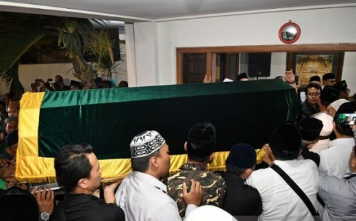 Gus Sholah Berpulang, Bamsoet: MPR RI Berduka