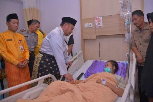 Usai Viral dan Direspon Kemenpora, Bupati Kampar Akhirnya Turun Jenguk Atlet Pengidap Tumor Ganas