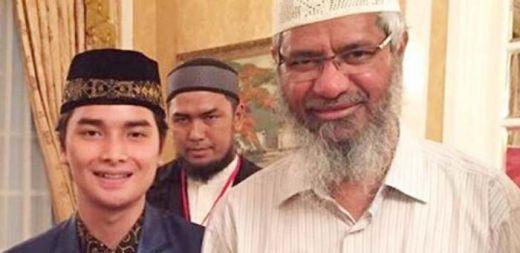 Putra Ustaz Arifin Ilham Luruskan Maksud Status FB Ayahnya, Bukan Dr Zakir Naik yang Khutbah di Masjid Az Zikra