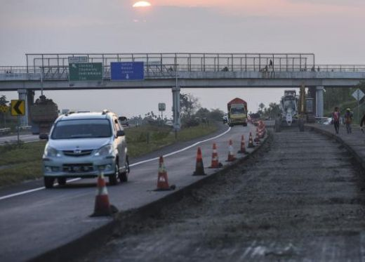 Pemudik Jalur Pantura Waspadai Pasar Tumpah Indramayu dan Perbaikan Ruas Jalan