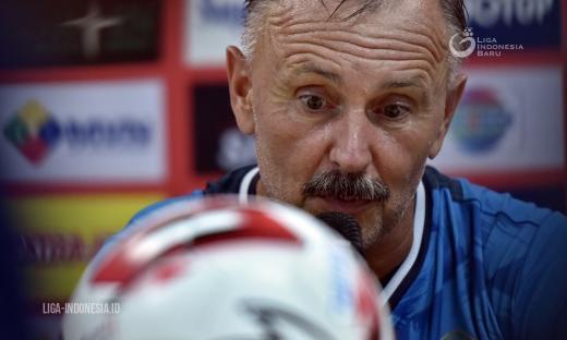 Pelatih PS Tira Minta Segera Ada Keputusan