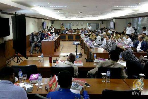 Komite I DPD RI Meminta Perpanjangan Masa Berlaku Dana Otsus ke Kemendagri