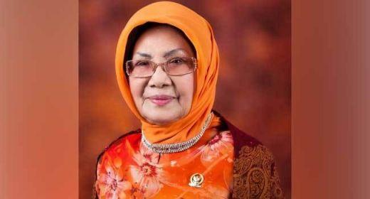 Mengenang Maimanah Umar, Inisiator Otonomi Khusus dan Pimpinan Sidang MPR Perempuan Pertama dari Riau