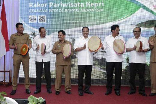 Menpar Arief Yahya Terjunkan Deputi-Deputinya di Rakorbang Kepri
