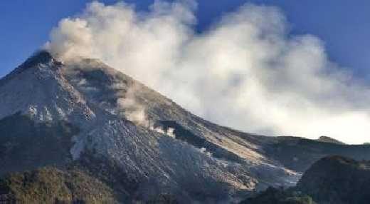 2 Kali Gunung Marapi Sumbar Meletus, Radius 3 KM Tak Boleh Ada Aktivitas