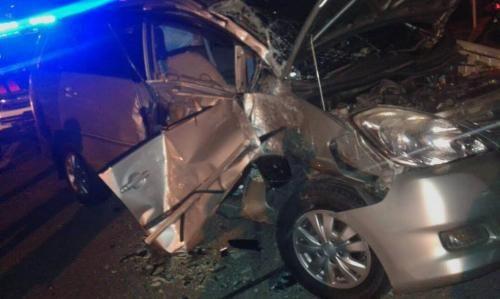 Kecelakaan Dahysat Bus Mira Tabrak Inova, Sopir Selamat Meski Sempat Terjepit Berjam-jam