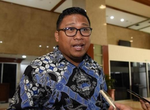 Jokowi Tandatangani PP Tapera, DPR: Rakyat Tambah Menderita