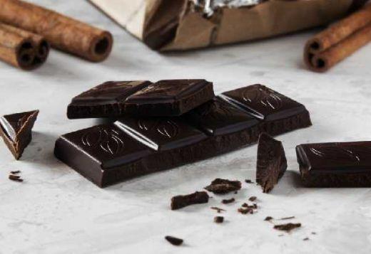 Cokelat Hitam Ternyata Bisa Menurunkan Tekanan Darah Tinggi