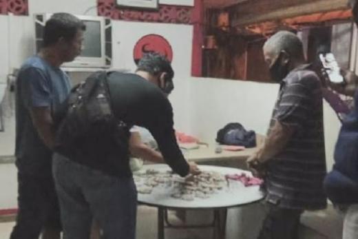Bandar Ganja Ditangkap di Markas Pos PDI Perjuangan Batam