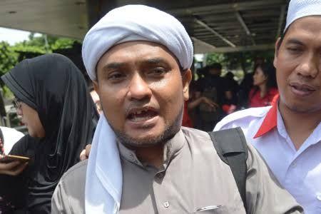 Kalap Karena Sang Majikan Dipermalukan Habis-Habisan di Persidangan, Ahokers Bully Ustadz Novel Bamukmin