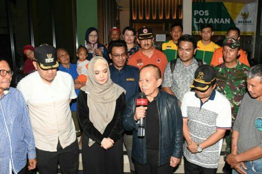 Wakil Ketua MPR Syarief Hasan Kunjungi dan Bantu Korban Banjir