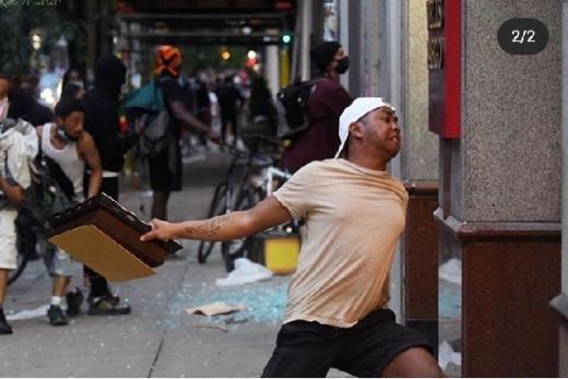 Arogansi Polisi bisa Picu Kerusuhan seperti di AS