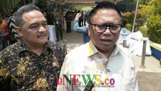 Bagikan TORA di Kalbar, Pimpinan MPR Apresiasi Presiden Jokowi