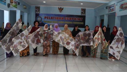 Yayasan Hang Tuah Galakkan Ecoprint Bagi 45 Guru Seni
