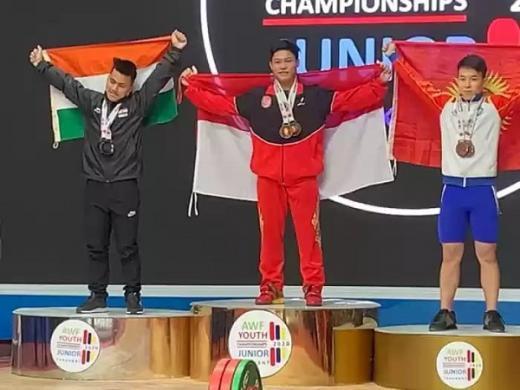 M Fathir dan Rizky Jadi Andalan di Kejuaraan Angkat Besi Dunia Junior Online 2020