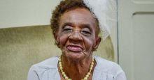 Mengharukan... Setelah Berusia 106 Tahun, Wanita Ini Bertunangan untuk Pertama Kalinya