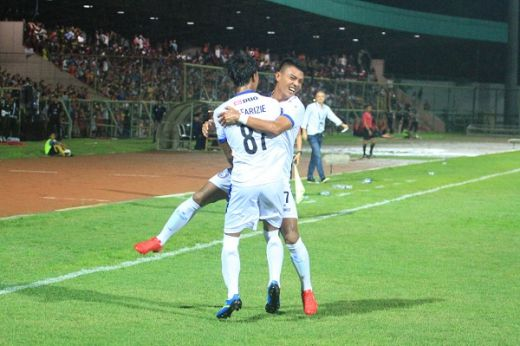 Kalahkan Kalteng Putra FC, Arema FC Ke Final