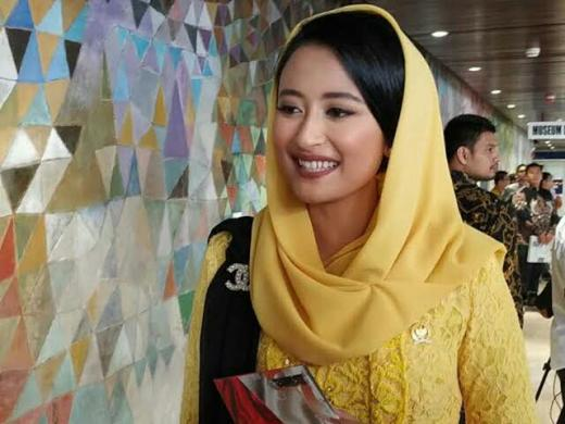 Rapat Paripurna, Dyah Roro Esti Usul Komisi VII DPR Dibubarkan
