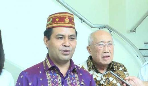 Andrianus Garu Minta Jokowi Tunda Pilkada dan Evaluasi Kabinet Jilid 2