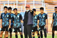 Iwan Setiawan Fokus Observasi Kondisi Pemain Persela
