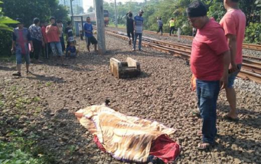 Dua Karyawan PT KAI Tewas Ditabrak Kereta Api