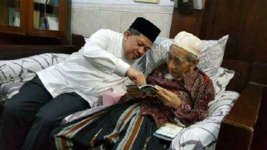 Fahri Hamzah: Pesan Terakhir Mbah Moen, Jaga Agama Jaga negara