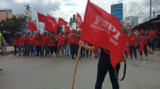 Coba Masuk Tol Cileunyi, Aksi Longmarch Buruh Bandung Dicegat Polisi