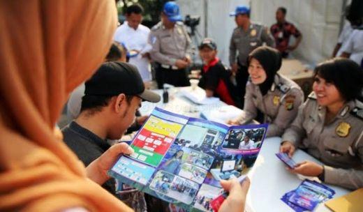 Langgar UU No 25 Tahun 2009 karena Belum Dibahas di DPR, IPW Desak Polri Batalkan Kenaikan Tarif STNK, SIM dan BPKB