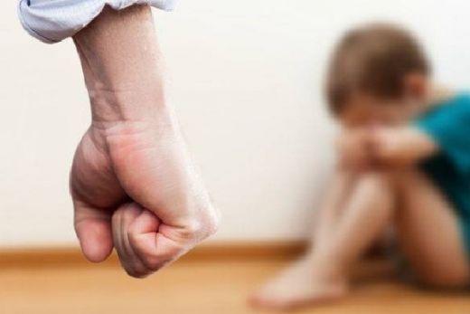 Warga Menolak Bocah Korban Penganiayaan Ayah Tiri Dibawa Ibunya