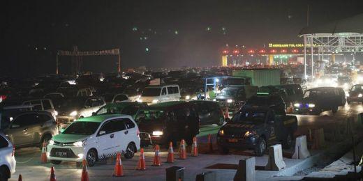 Tasikmalaya Macet Parah, Arus Kendaraan Dialihkan ke Tol Cipali