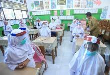 Jokowi Minta Sekolah Tatap Muka Terbatas Hanya 2 Hari Sepekan, 2 Jam Sehari
