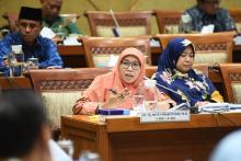 Kalung Anti Corona Kementan, Komisi IX DPR: Jangan Asal Klaim, Udah Terbukti Ampuh Belum?