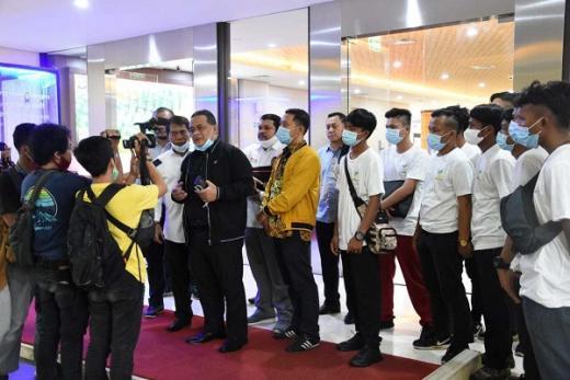 Sidak ke Soetta, BP2MI Gagalkan Ratusan Calon PMI Ilegal ke Dubai
