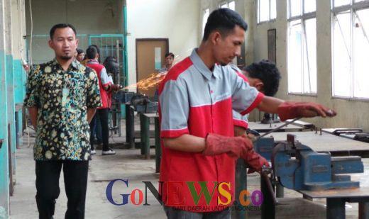 Tenaga Kerja Tidak Terdidik di Riau Bisa Dibekali Pelatihan Vokasi