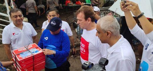 Oorja Group Kerja Bareng Paparons Pizza dan TVRI Berikan Bantuan Korban Banjir